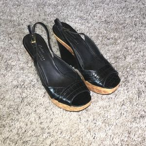 Vintage Donald J Pliner wedges excellent condition